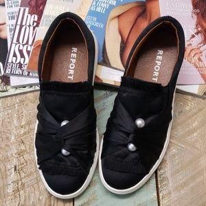 Report sneaker